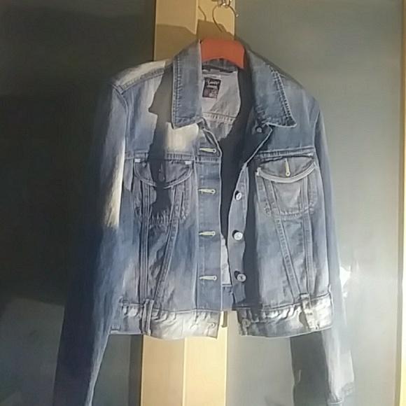 Levi's Jackets & Blazers - Vintage Levi's cropped jean jacket.